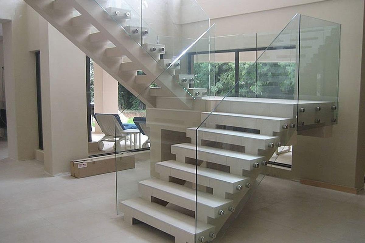 объявления продаже перила для лестниц из стекла фото самая распространенная модель